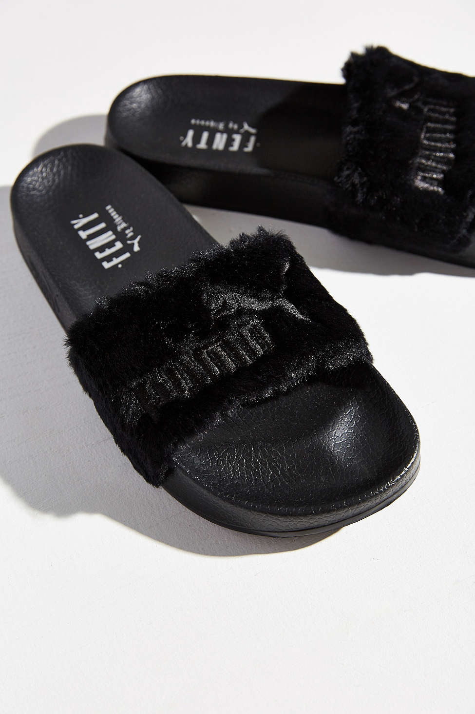 pretty nice 9c529 9b3e5 PUMA Black Rihanna Leadcat Fenty Faux-Fur Slide