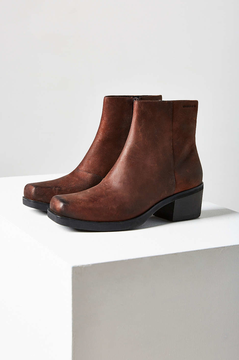 vagabond ariana leather ankle boot in brown lyst. Black Bedroom Furniture Sets. Home Design Ideas