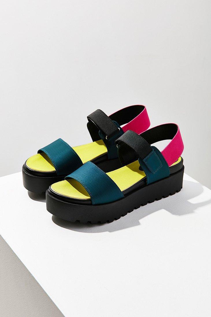 01571597a19 Lyst - Urban Outfitters Scuba Platform Sandal