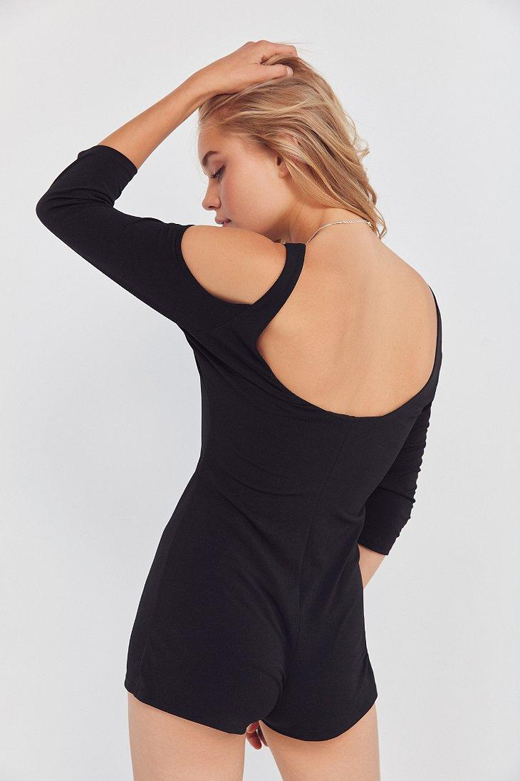 a36b951cf393 Lyst - Silence + Noise Jazzy Knit Cold-shoulder Romper in Black