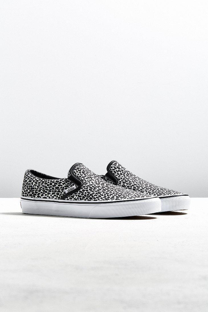 41e2f15a18a Lyst - Vans Vans Classic Slip-on Leopard Sneaker in Black for Men
