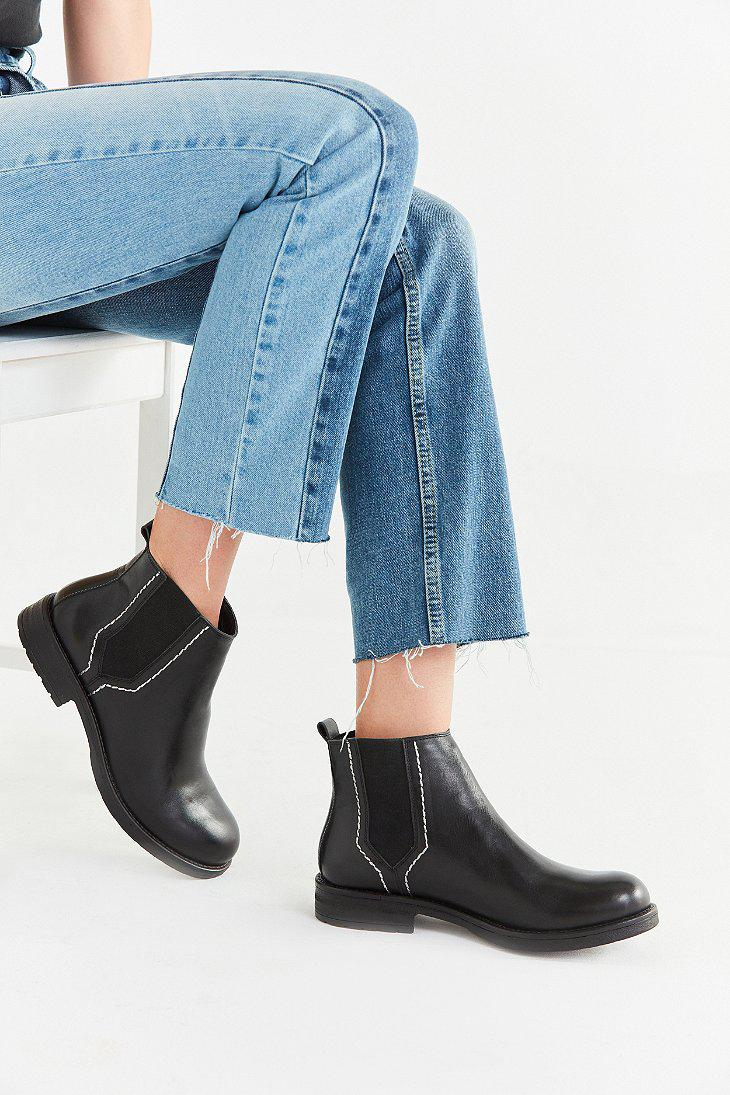 e1d0c83389a6 Gallery. Previously sold at  Urban Outfitters · Women s Canvas Boots  Women s Suede ...