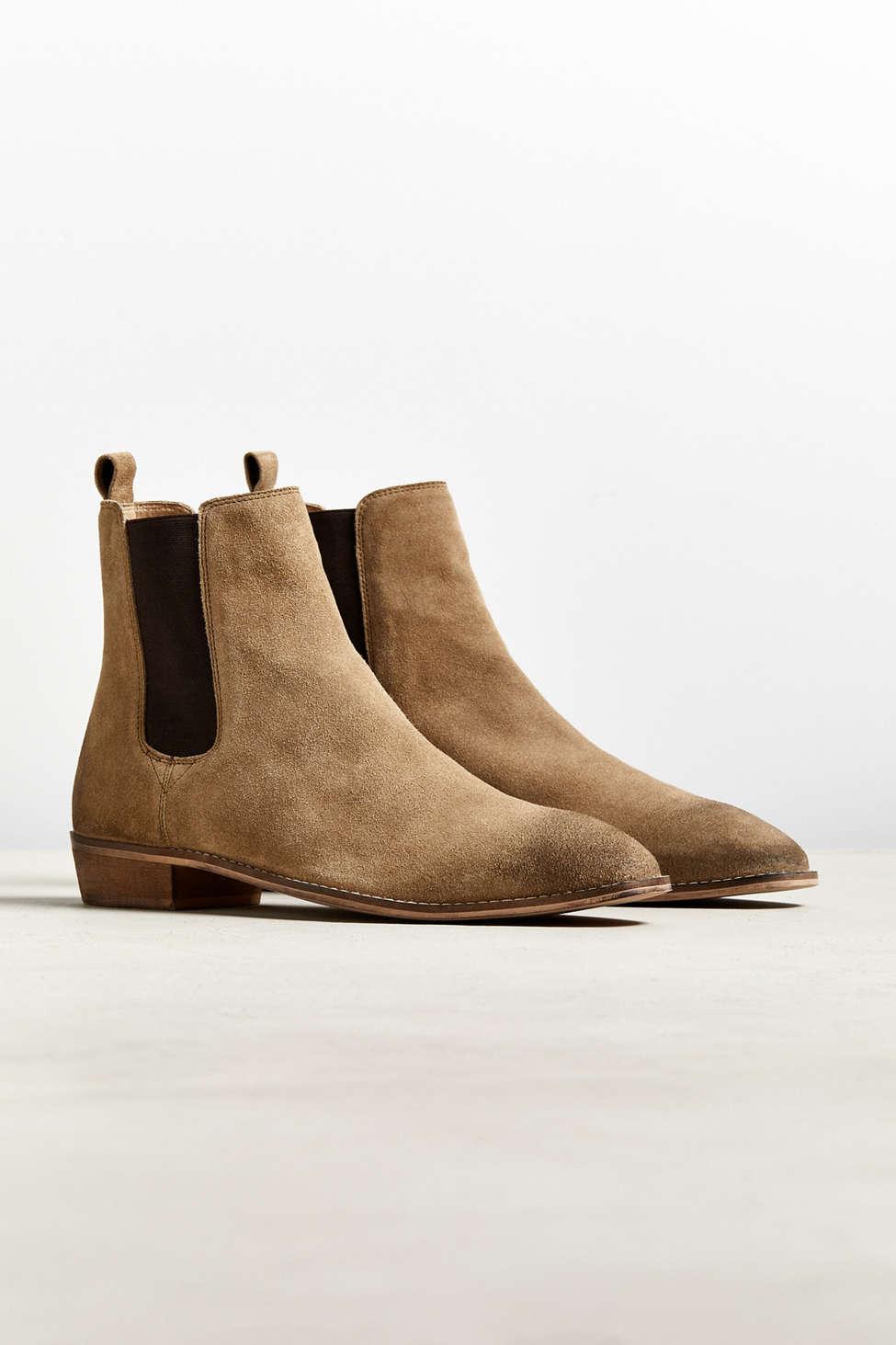 Suede Uo Dress Chelsea Boot in Tan