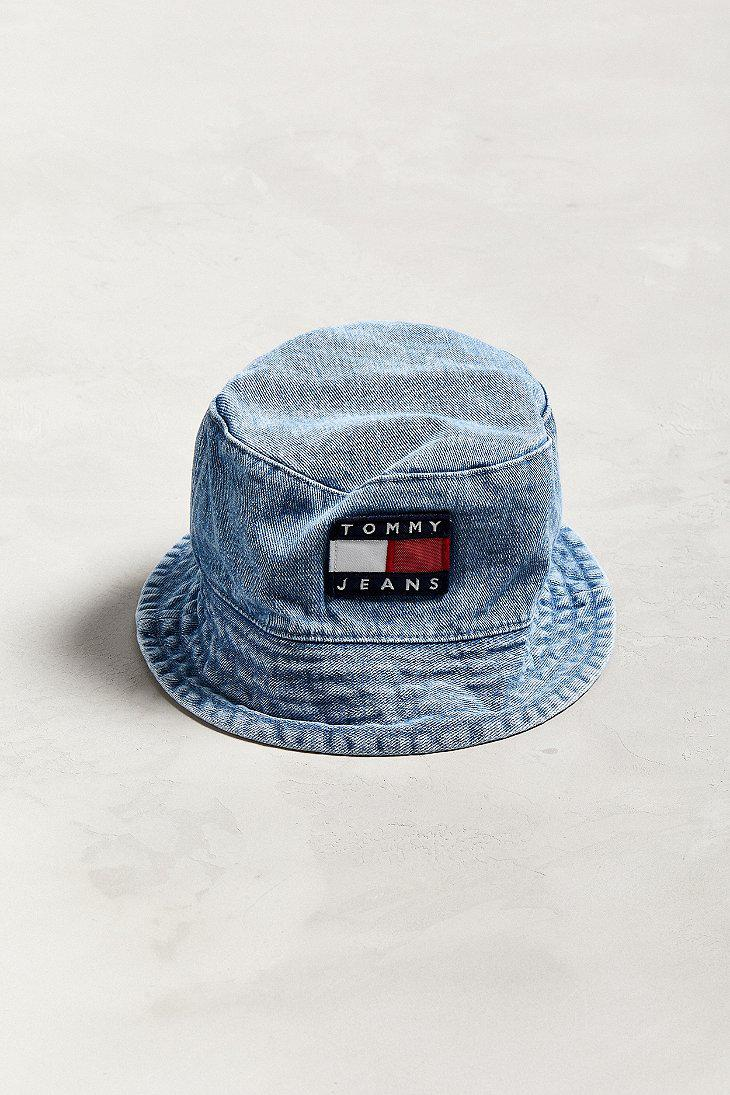 Lyst - Tommy Hilfiger Tommy Jeans  90s Sailing Denim Bucket Hat in ... 32e104abb82e