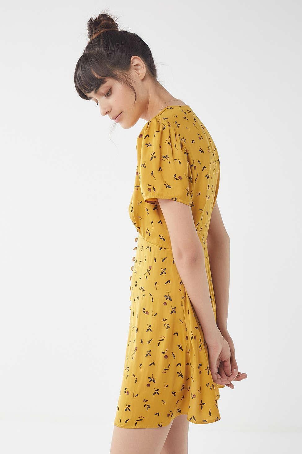 8b73fe165b Lyst - Urban Outfitters Uo Jen Button-down Mini Dress in Yellow