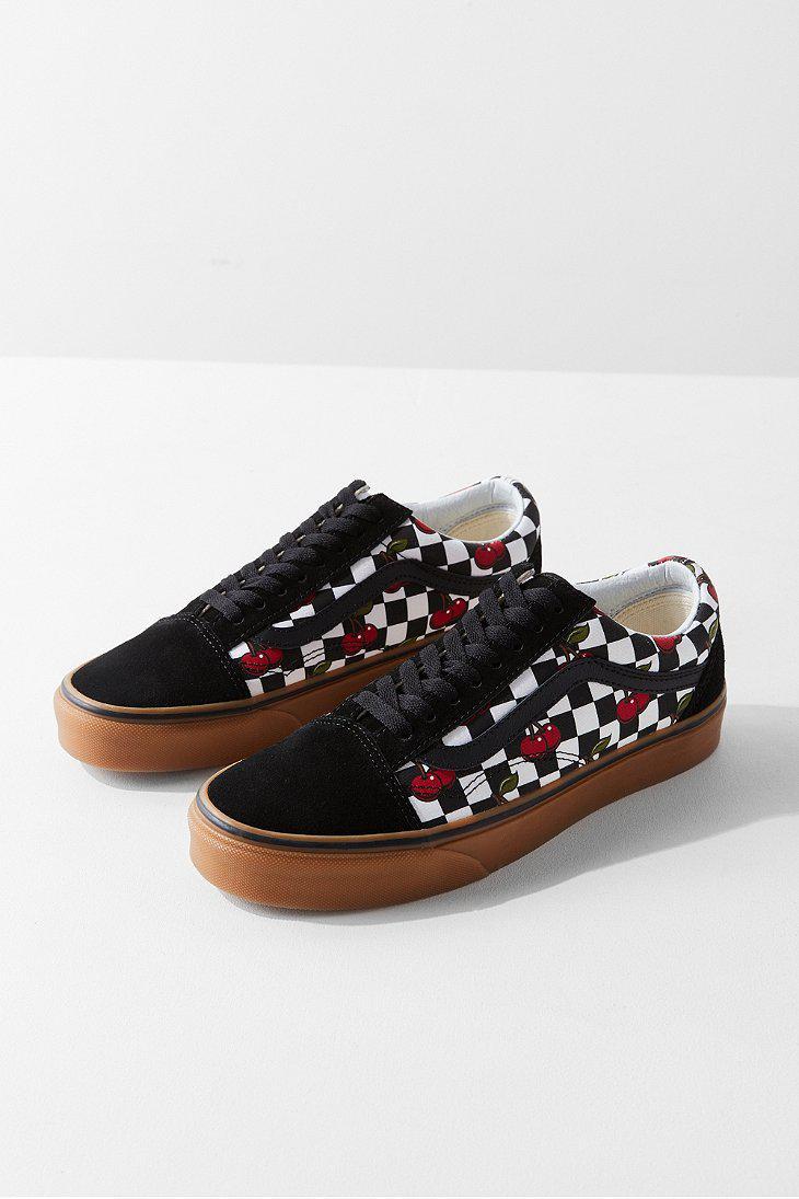 vans cherry checker