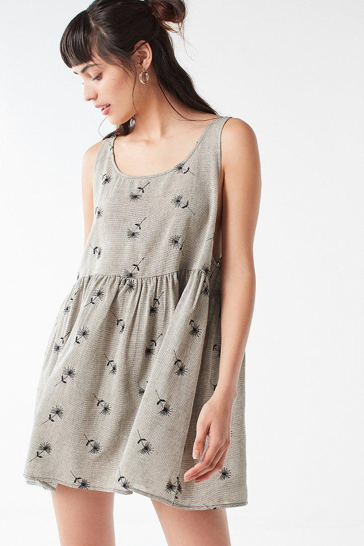e16fc01109f84 Urban Outfitters Urban Renewal Remnants Embroidered Floral Babydoll ...