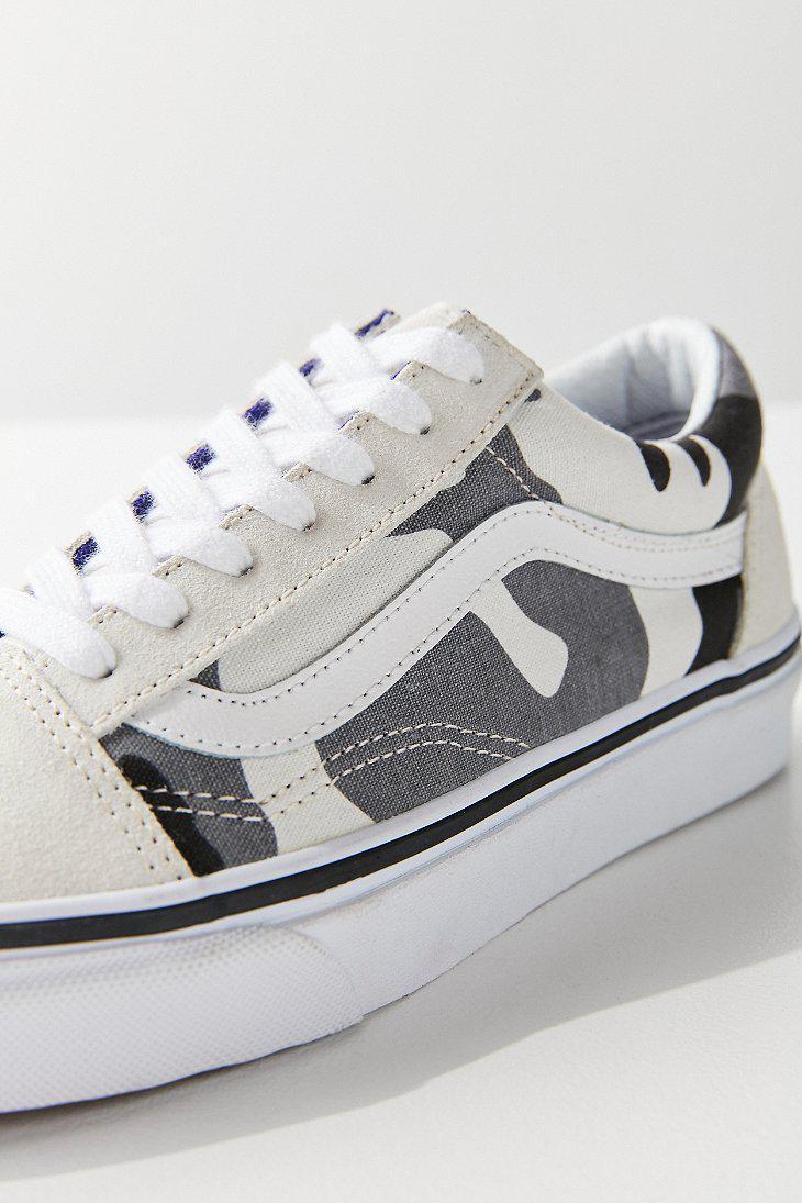 99603dec9ce4 Lyst - Vans Vans   Uo Snow Camo Old Skool Sneaker