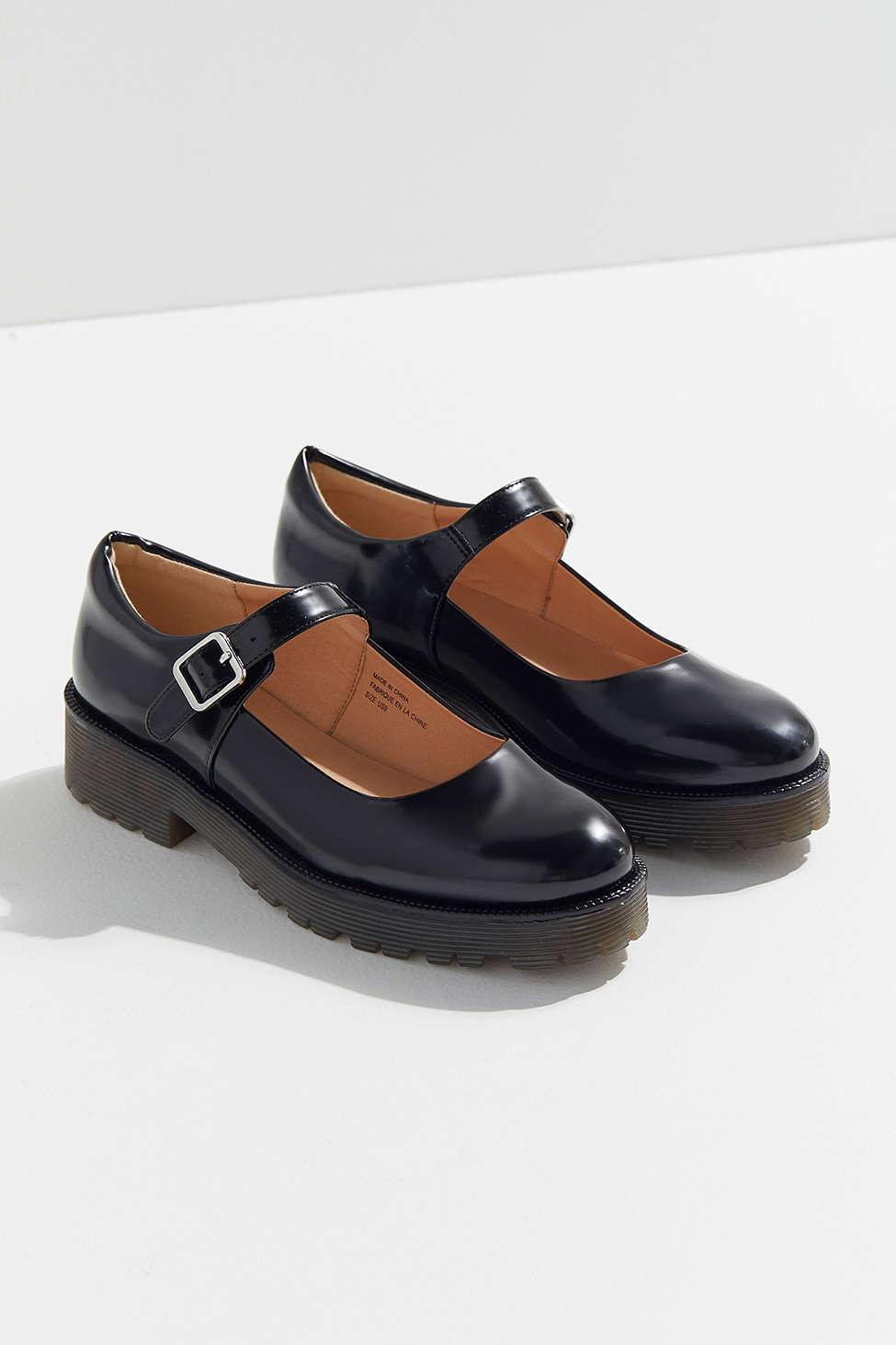 9ba487652ec59 Lyst - Urban Outfitters Greta Mary Jane Oxford in Black