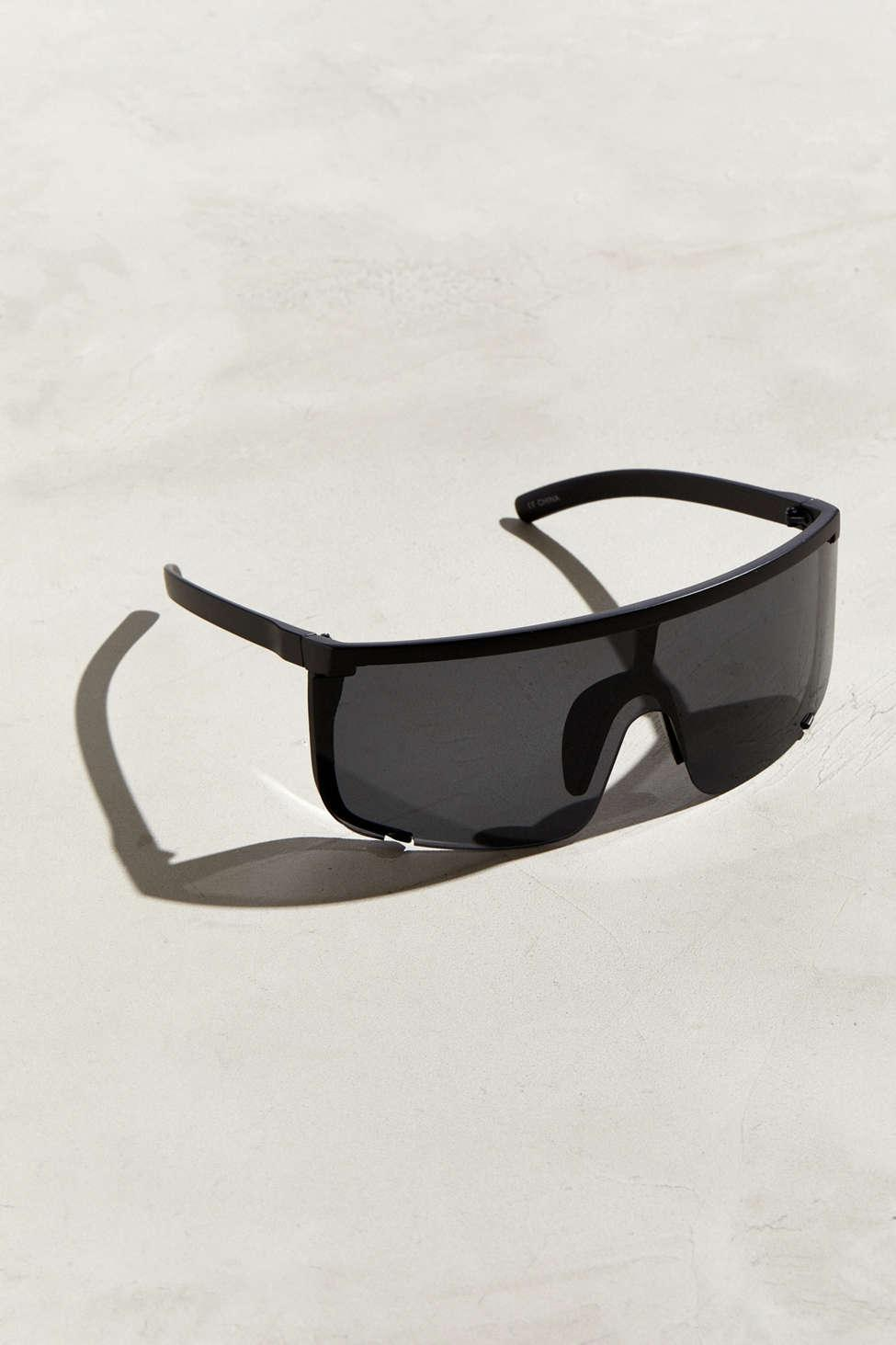 7875671491 Urban Outfitters Modern Oversized Sport Shield Sunglasses in Black ...