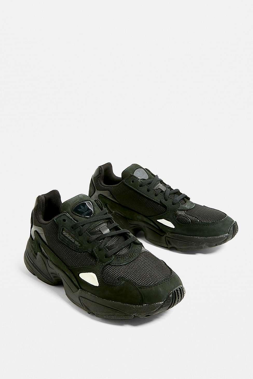 adidas originals black trainers