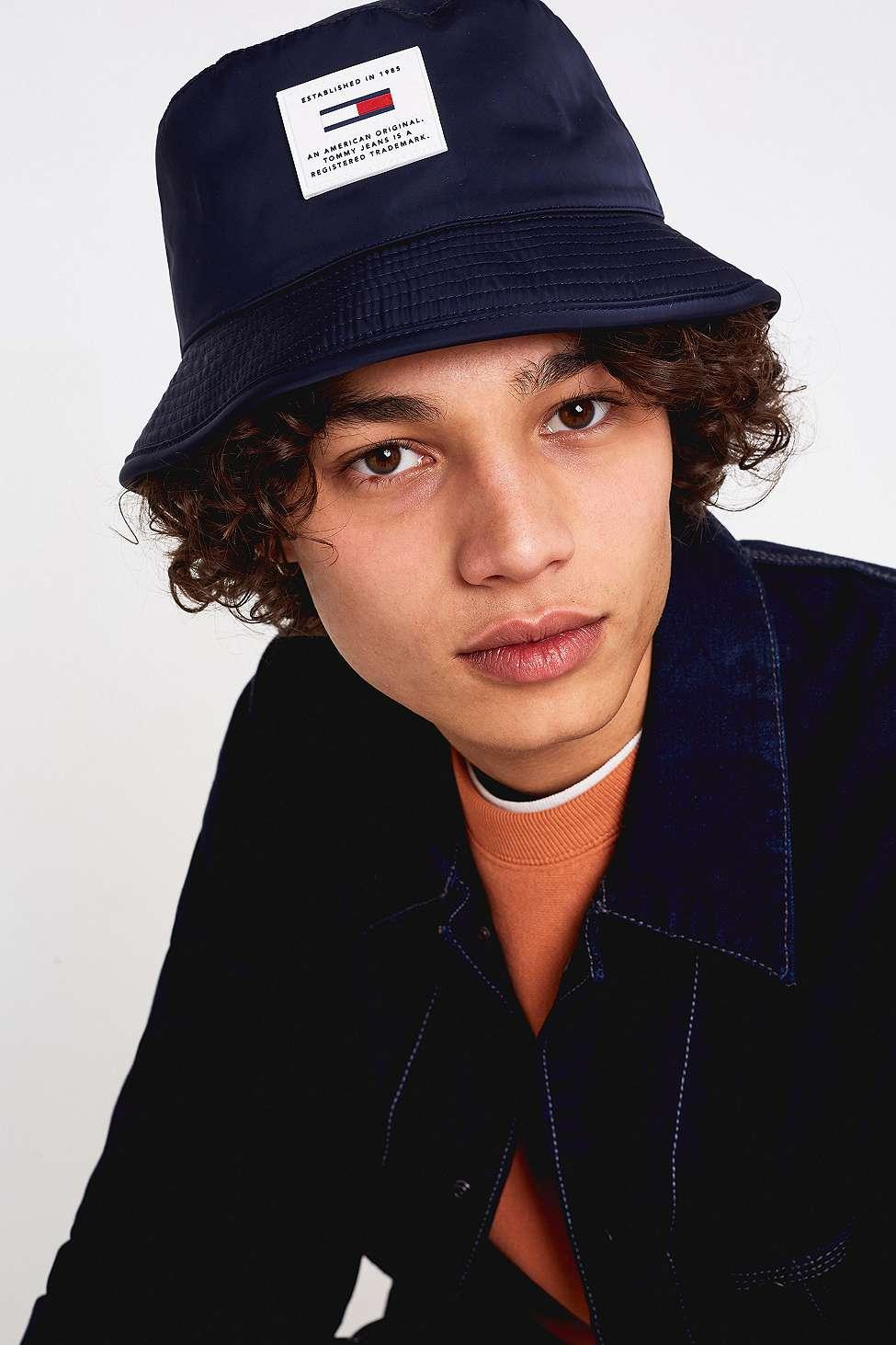 d8a1f450e7b98d Tommy Hilfiger Reversible Teddy Bucket Hat in Blue for Men - Lyst