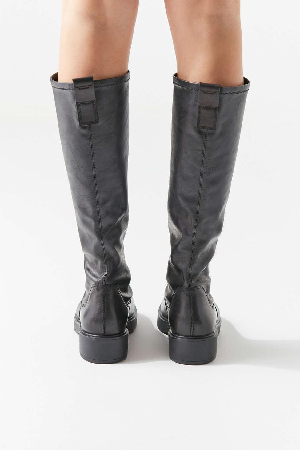 Vagabond Synthetic Diane Boot in Black