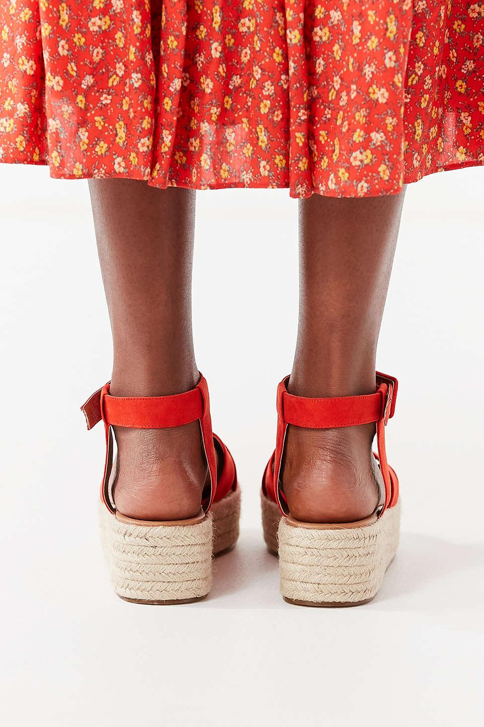 cebfe34525b Lyst - Urban Outfitters Cora Flatform Espadrille Sandal in Red