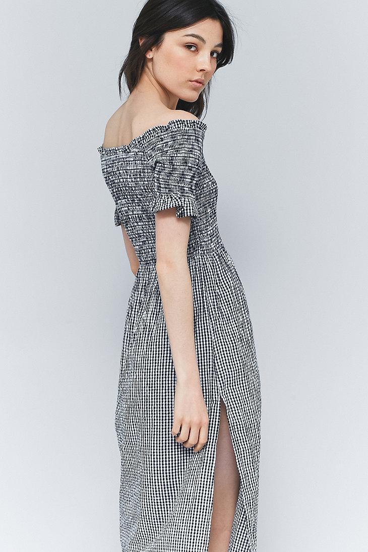 a003a8708b63 Kimchi Blue Picnic Gingham Off-the-shoulder Midi Dress in Black - Lyst