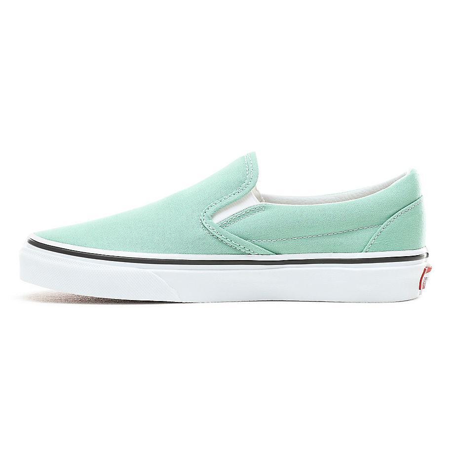 Classic Slip-On Neptune Green/ True White Vans de Caucho