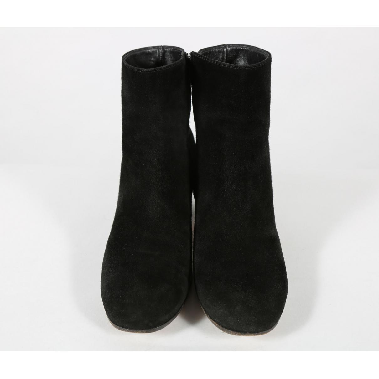 Gianvito Rossi Suede Heel Boots in Black