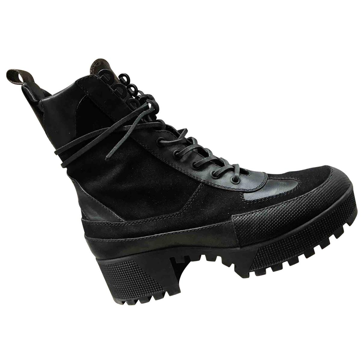 Laureate Leather Lace Up Boots in Black