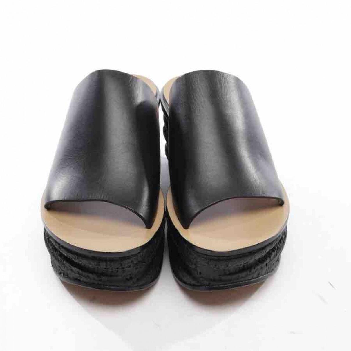 Zuecos Camille de Cuero Chloé de Cuero de color Negro