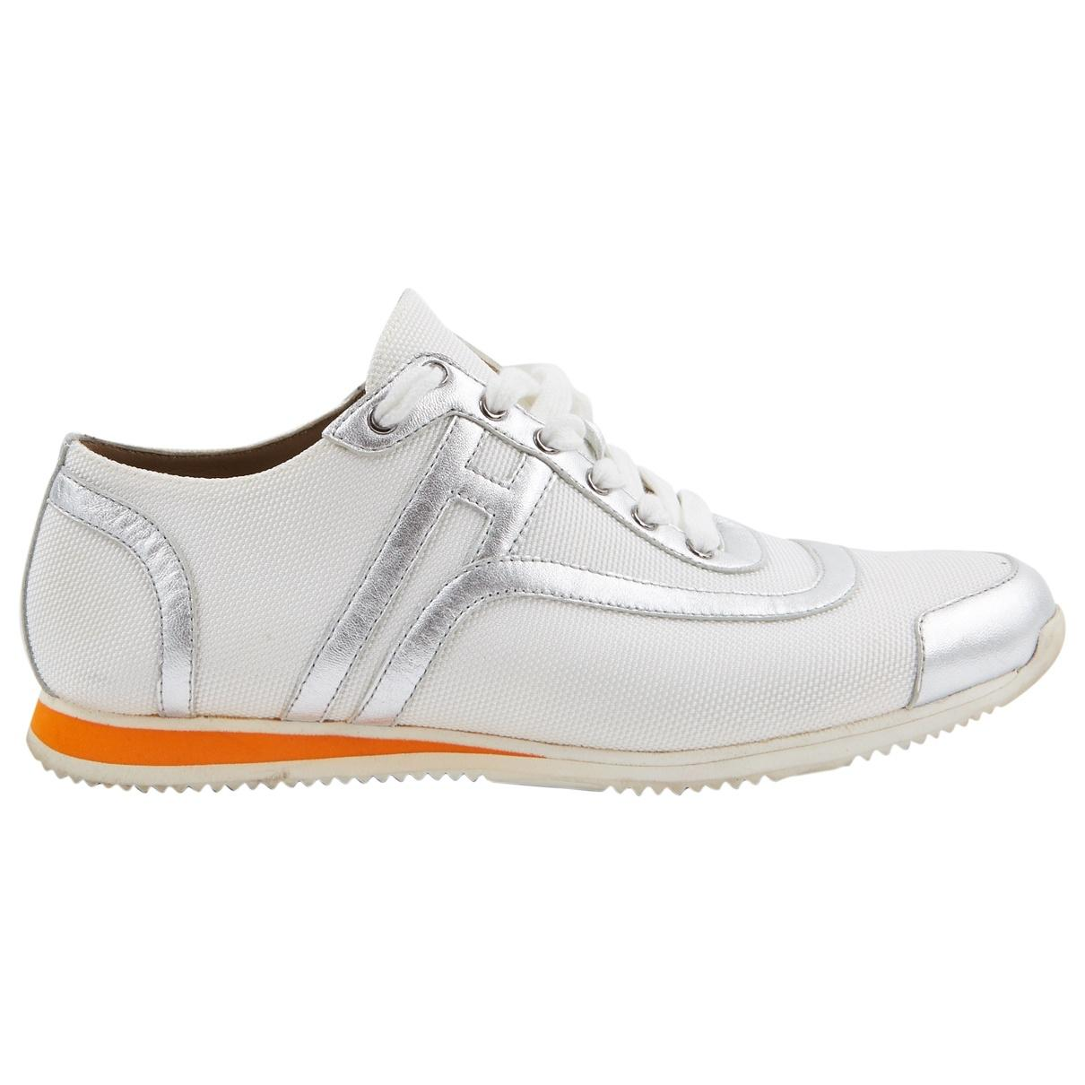 Hermès. Women s White Rubber Trainers.  388 From Vestiaire Collective d77ed0102