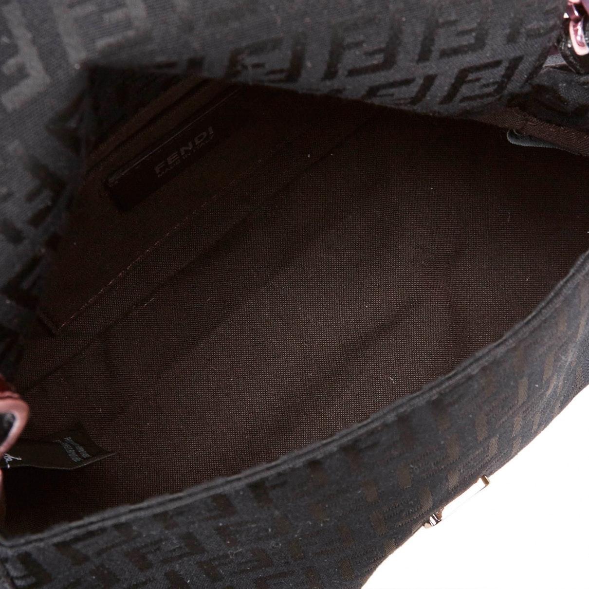 Sacs à main Baguette Fendi en coloris Noir bmH5