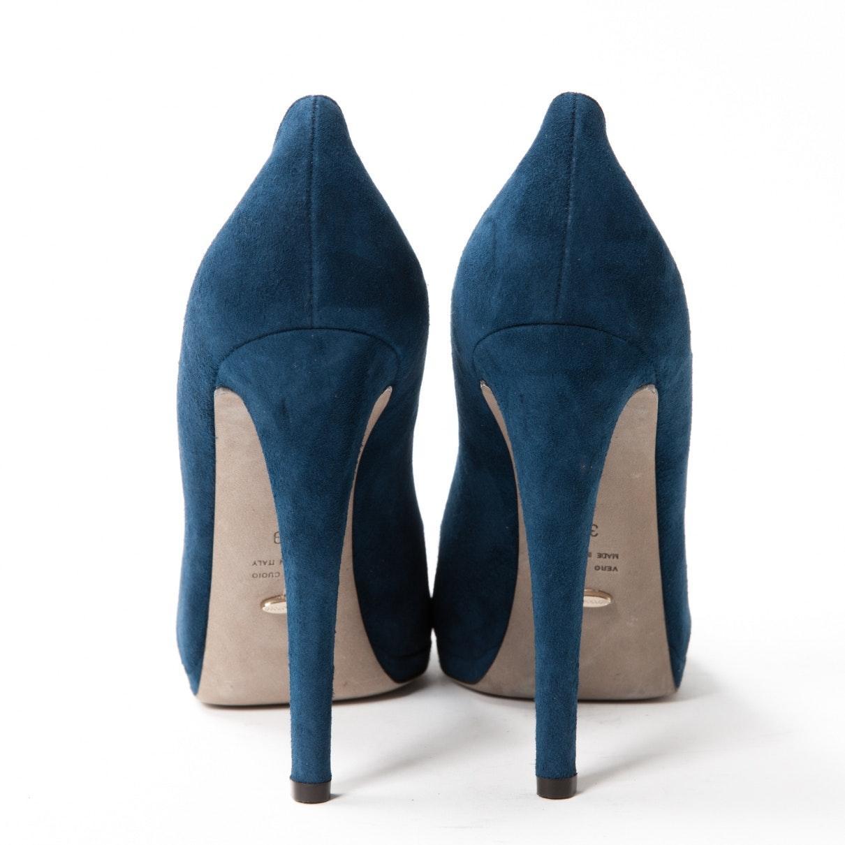Tacones en ante azul Sergio Rossi de Ante de color Azul