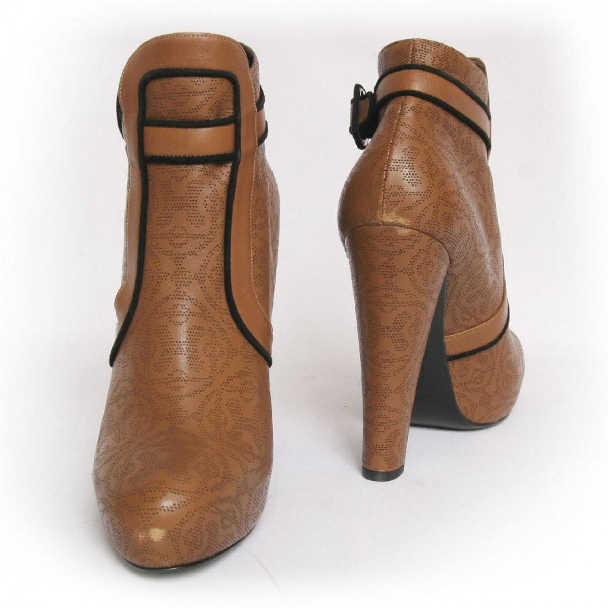 Hermès n Brown Leather Ankle Boots