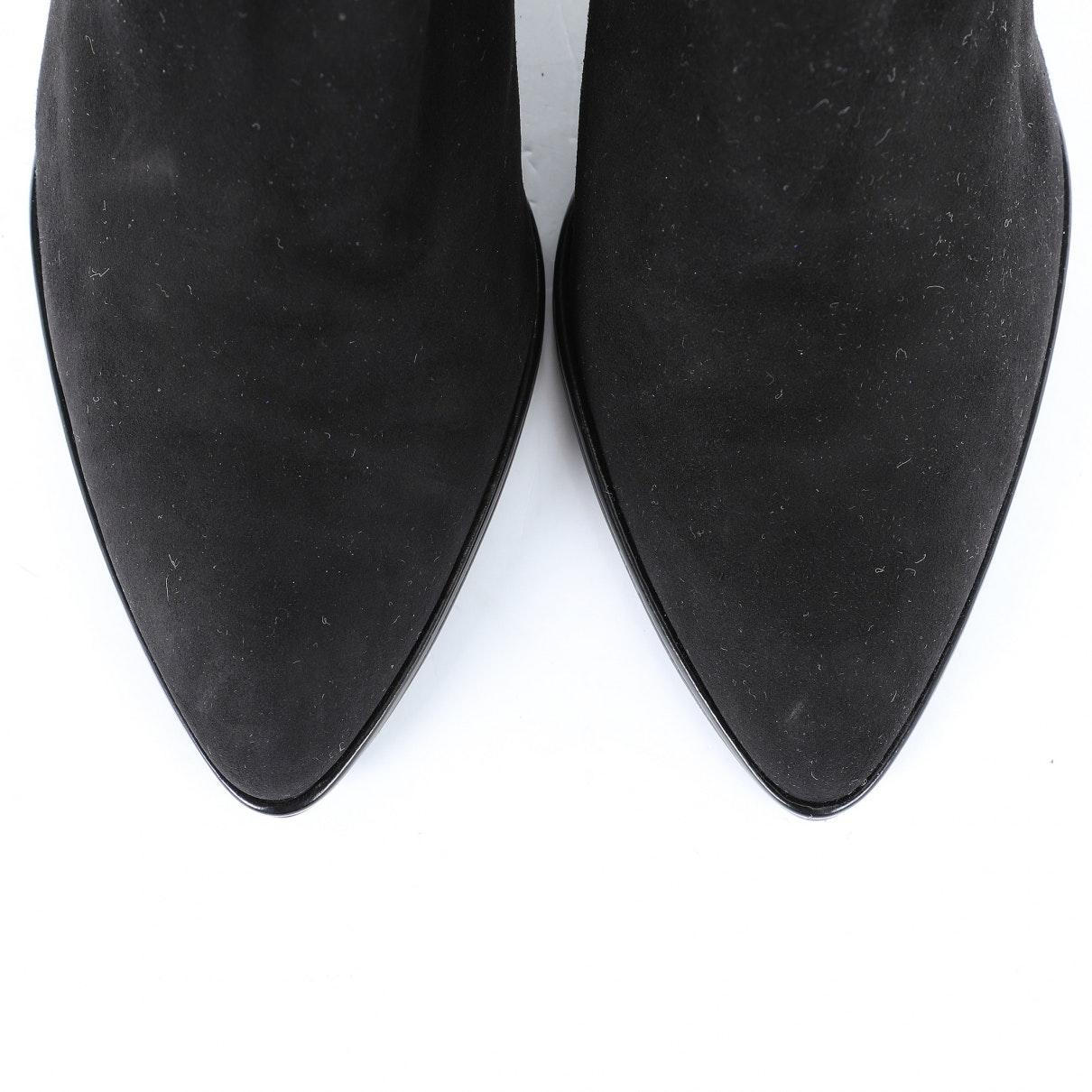 Tacones en ante negro Stuart Weitzman de Ante de color Negro