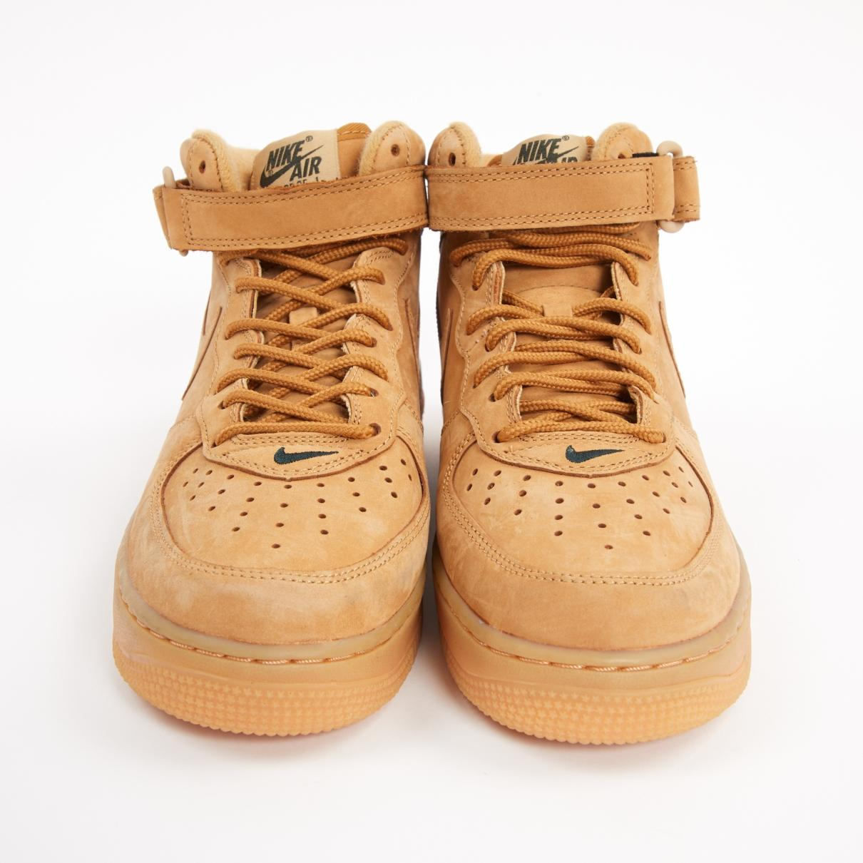 Baskets Air Force 1 Daim Nike en coloris Neutre 0stw