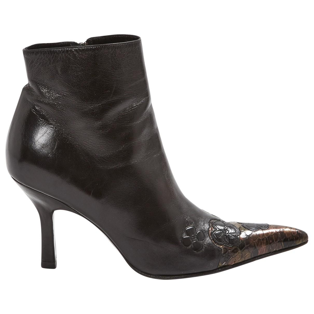 Pre-owned - Leather ankle boots Chanel loLff67unE