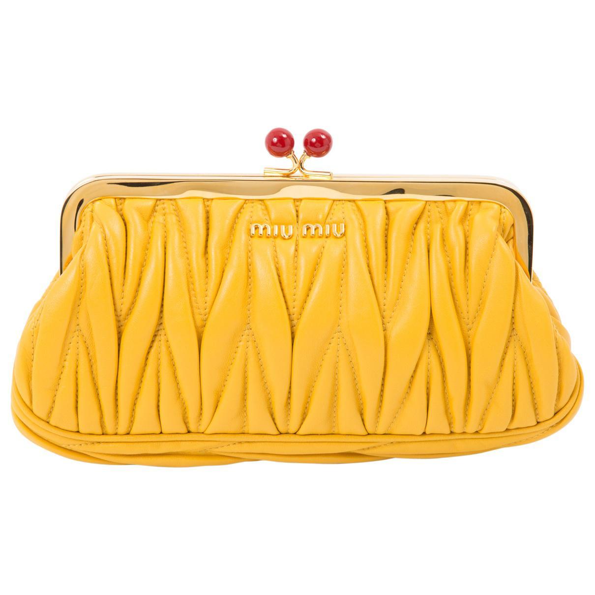 Miu Miu Pre-owned - Orange Clutch bag KPPZAyK