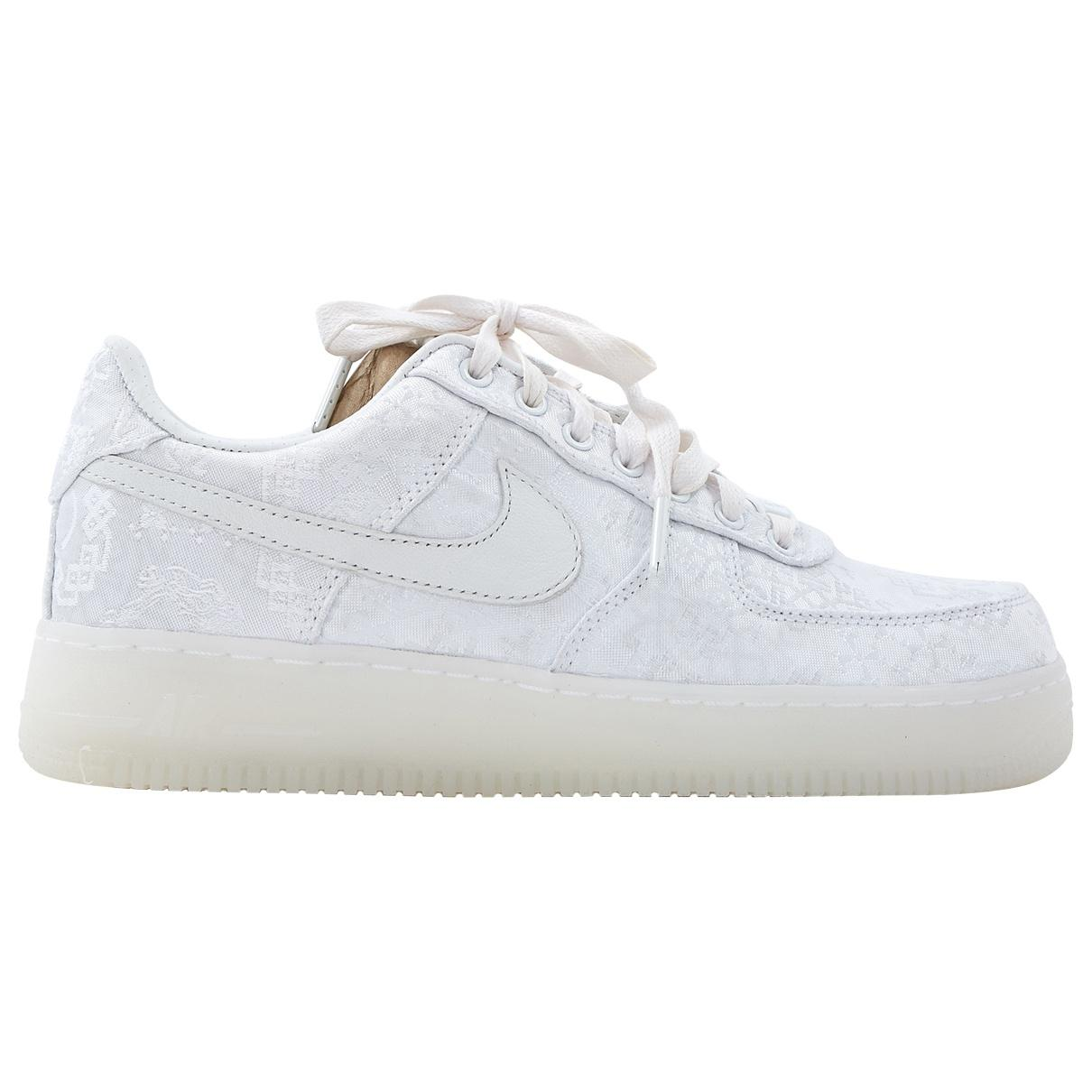new style f643e 6889b Nike Air Force 1 Cloth Trainers in White - Lyst