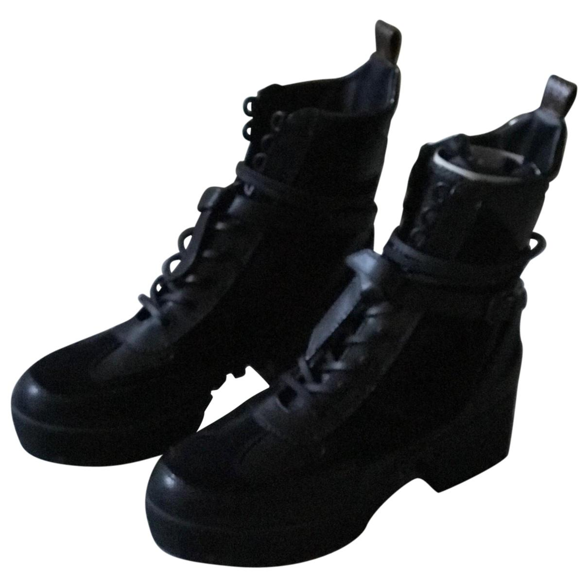 0d34f3ed9b1 Louis Vuitton Black Lace Up Boots for men