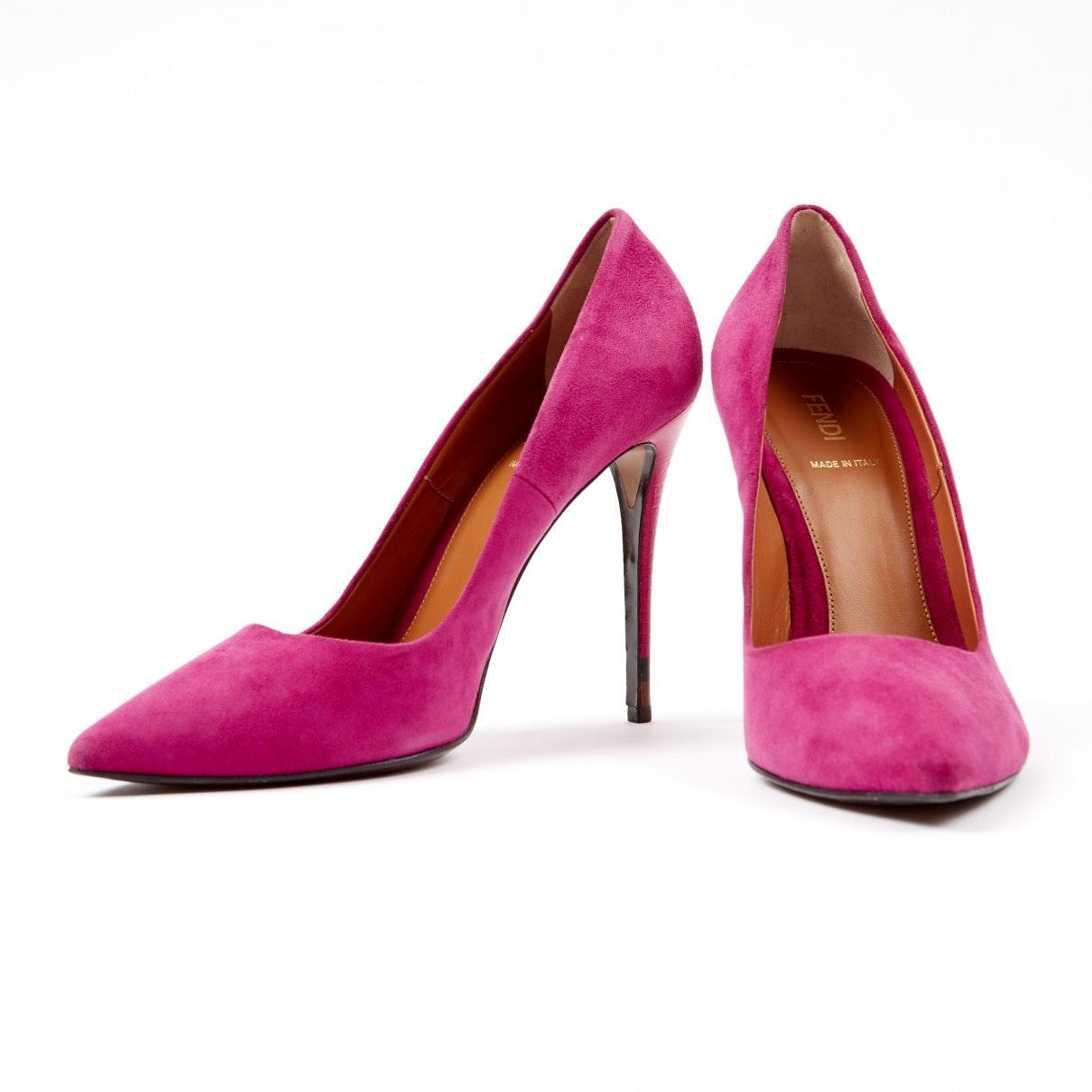 Tacones en ante rosa N Fendi de Ante de color Rosa