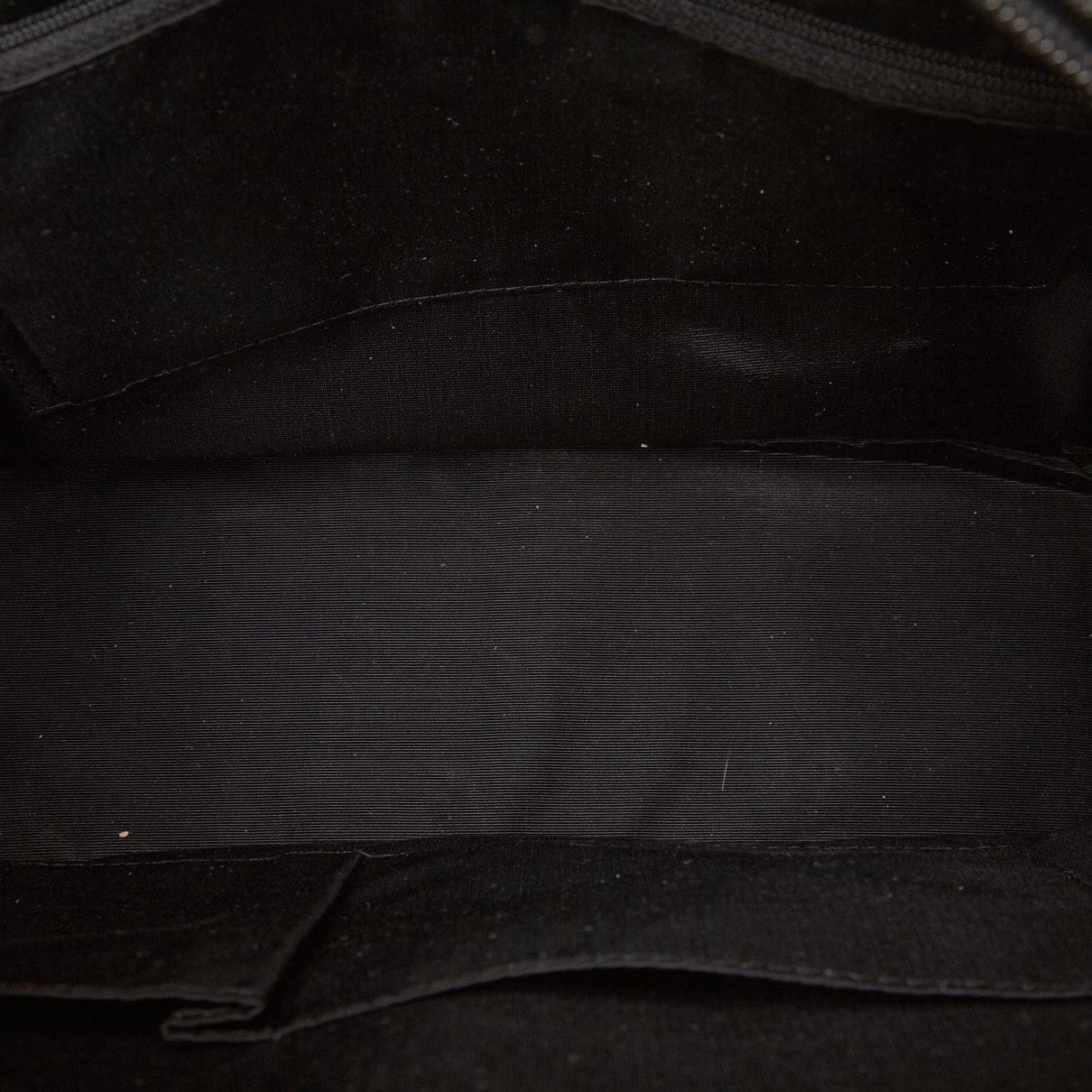 Sacs à main Burberry en coloris Noir qtbg