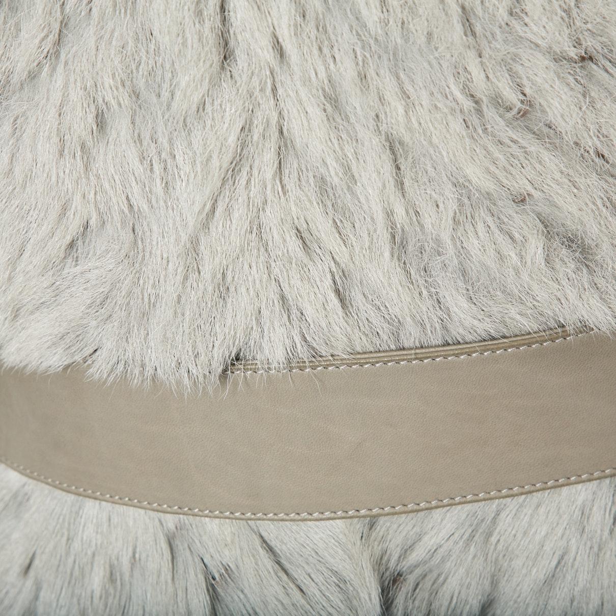 Abrigo en oveja gris Burberry de Pelo de color Gris