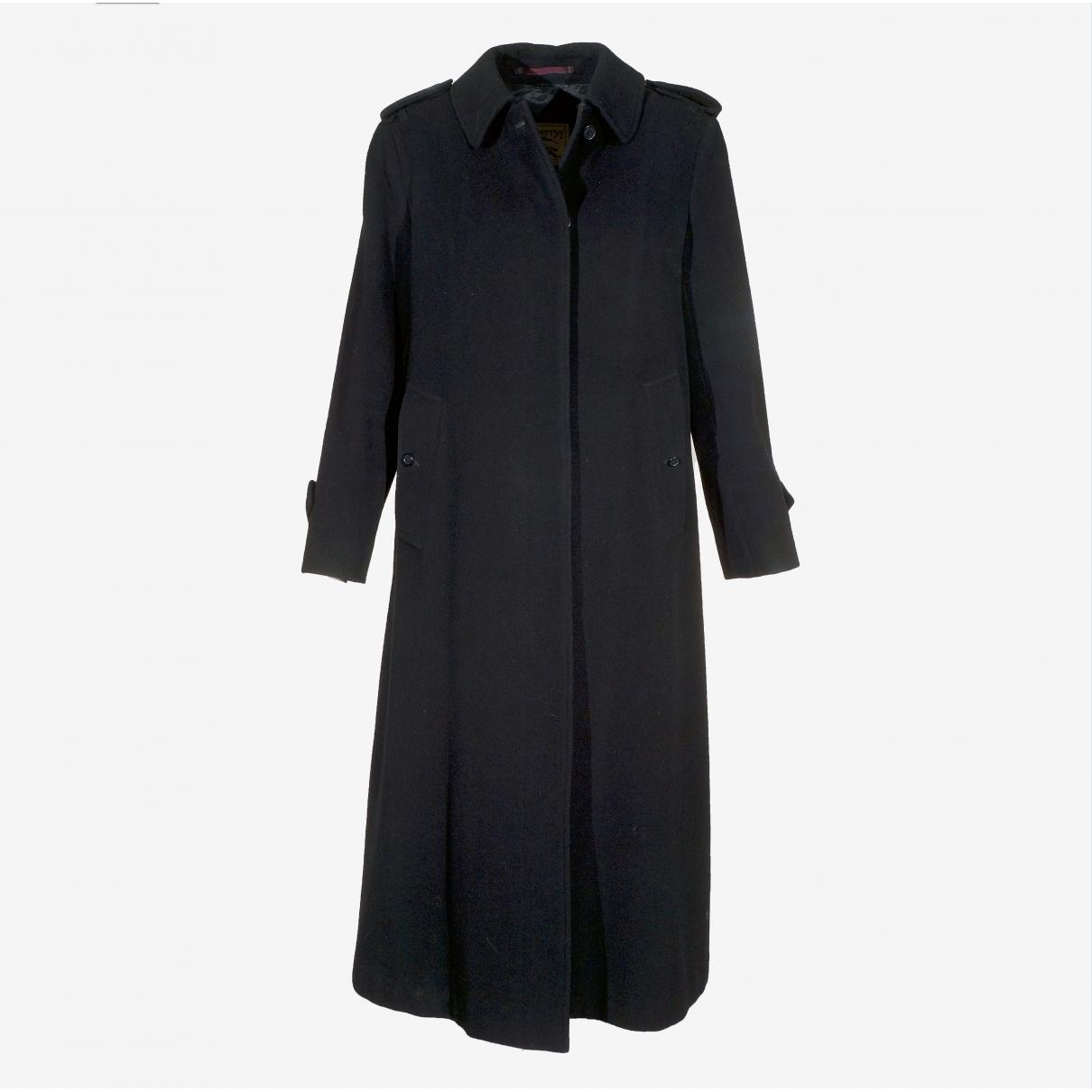 9bca71426cd1 Burberry. Women s Black Pre-owned Wool Coat. £308 From Vestiaire Collective  ...