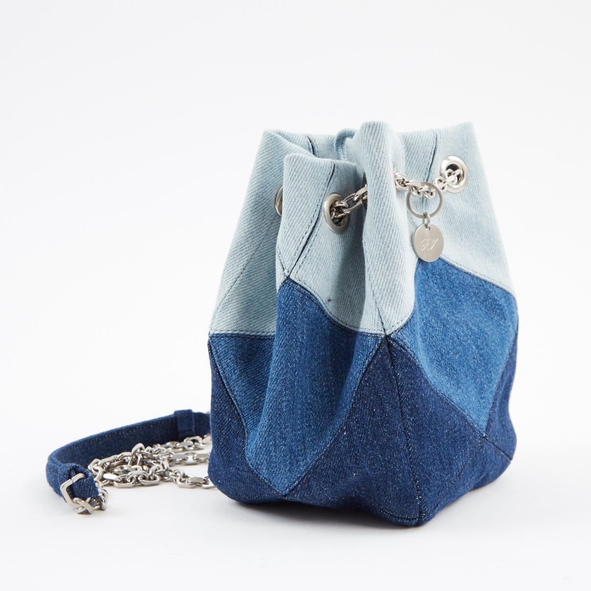 Roger Vivier - Blue Pre-owned Cloth Handbag - Lyst. View fullscreen c4c04bf102219