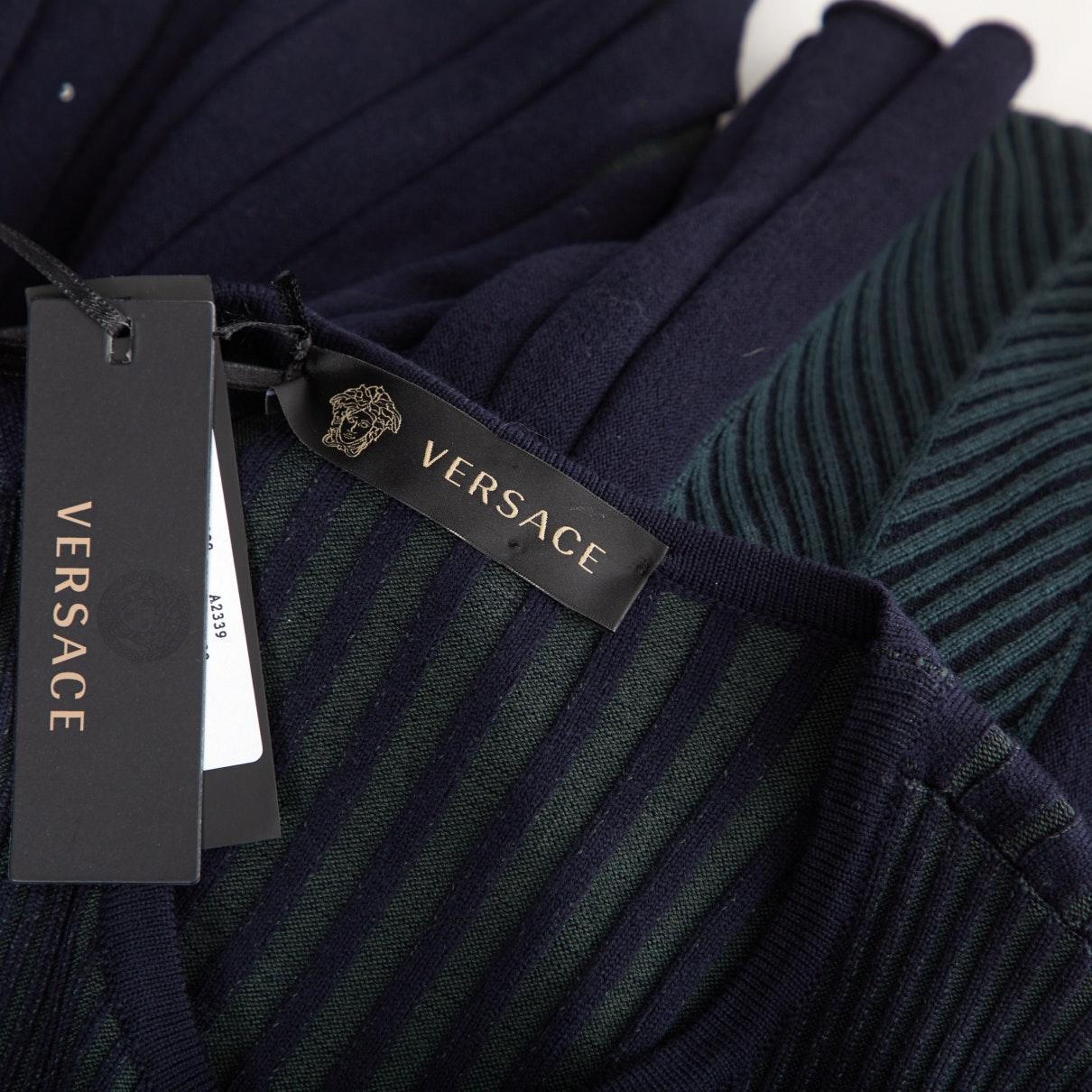 Vestido en lana marino Versace de color Azul