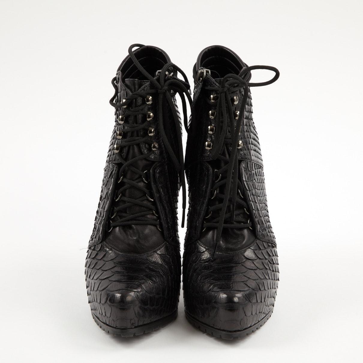 Botines en pitón negro N Barbara Bui de color Negro
