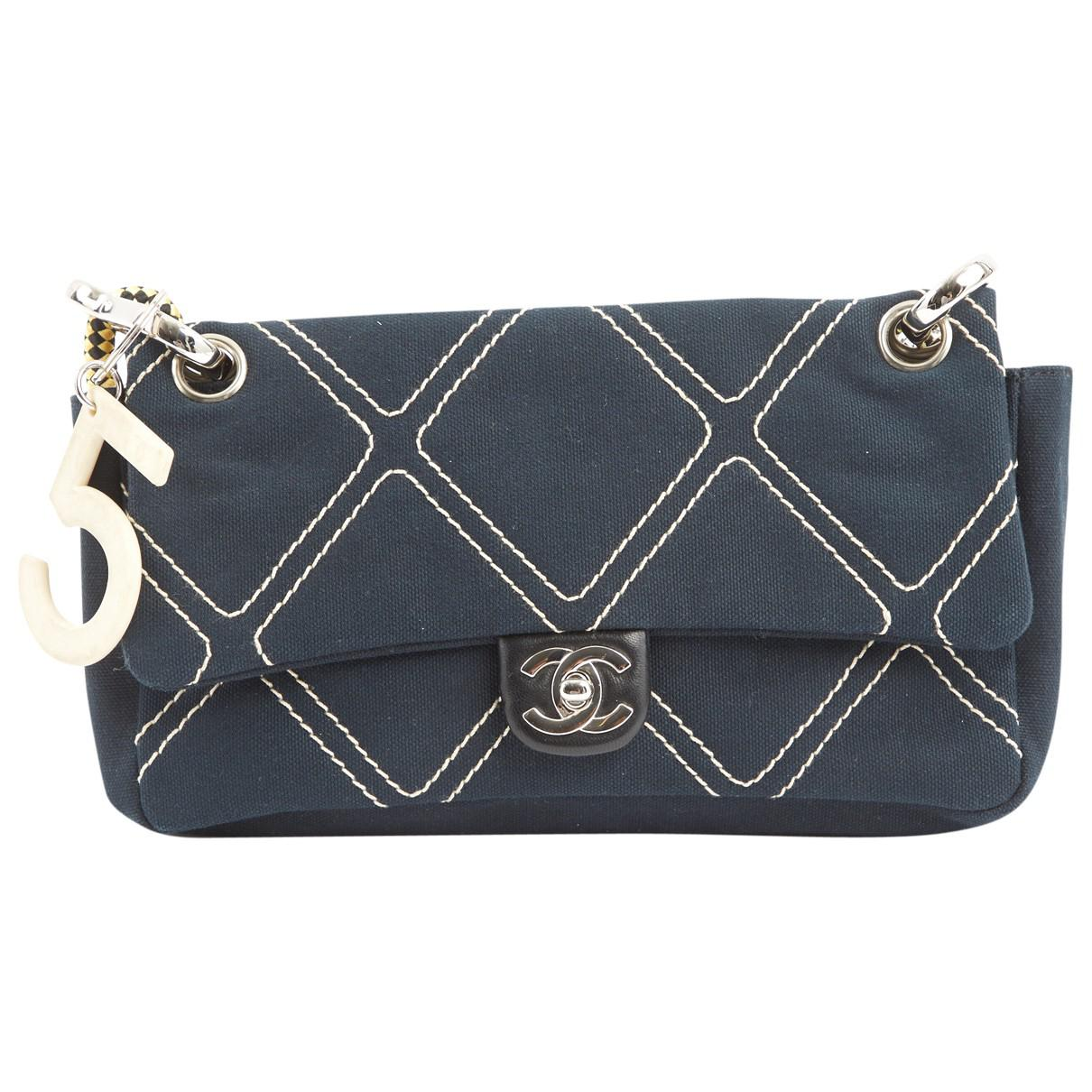 Chanel Pre-owned - Cloth clutch bag QZgFecU4
