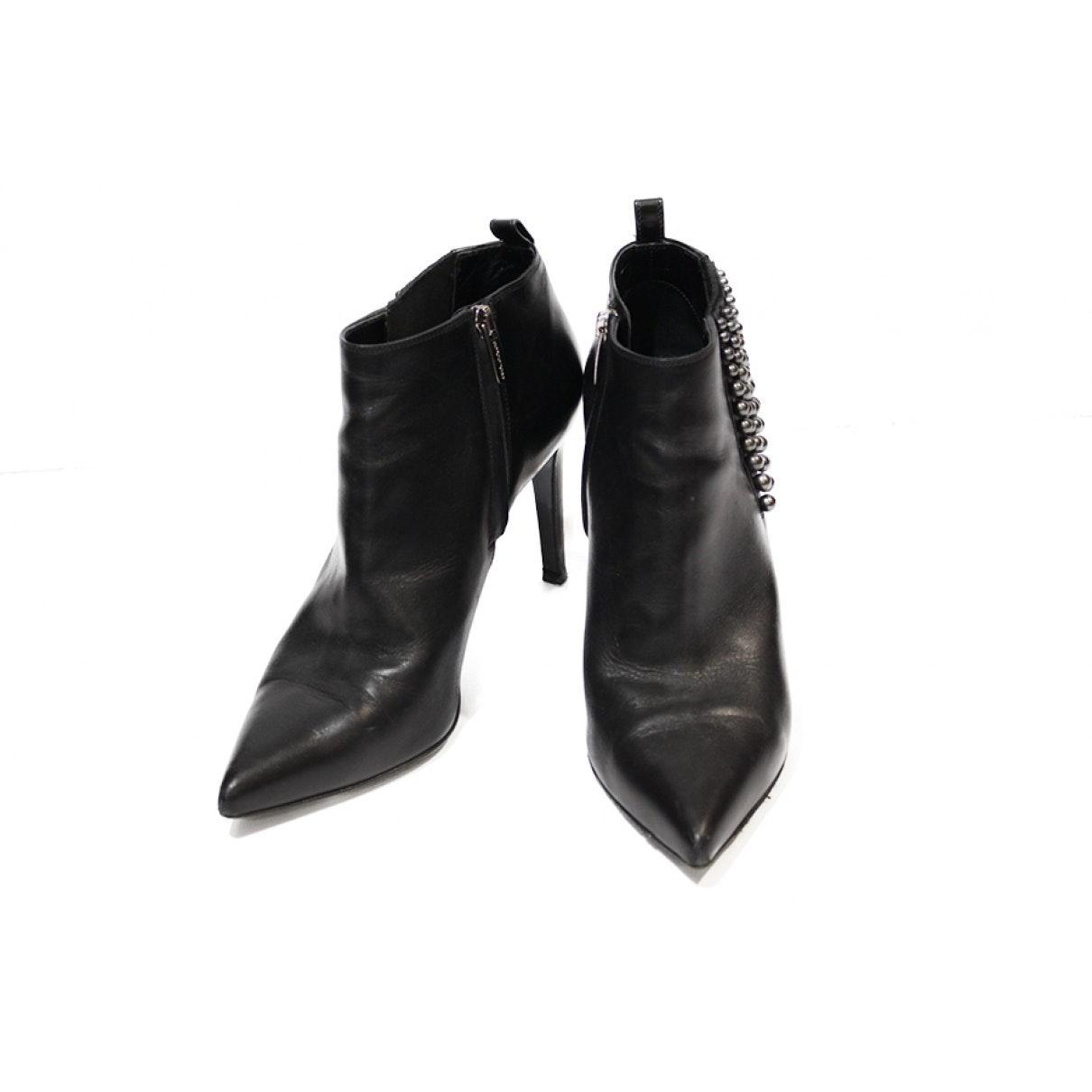 Botines en cuero negro N Sergio Rossi de Cuero de color Negro