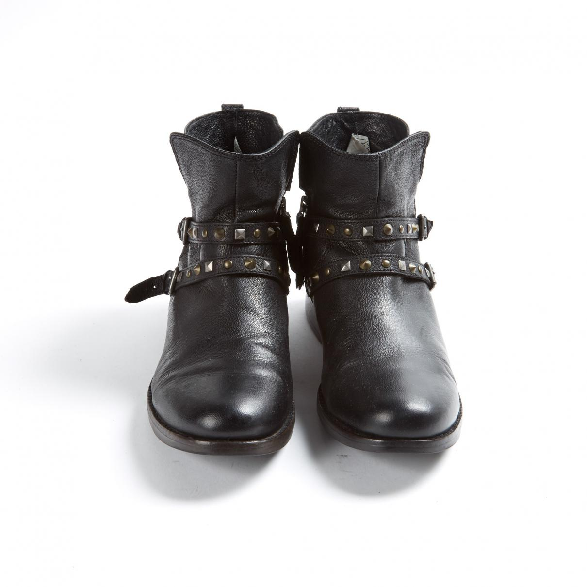 UGG Pre-owned Black Leather Ankle Boots