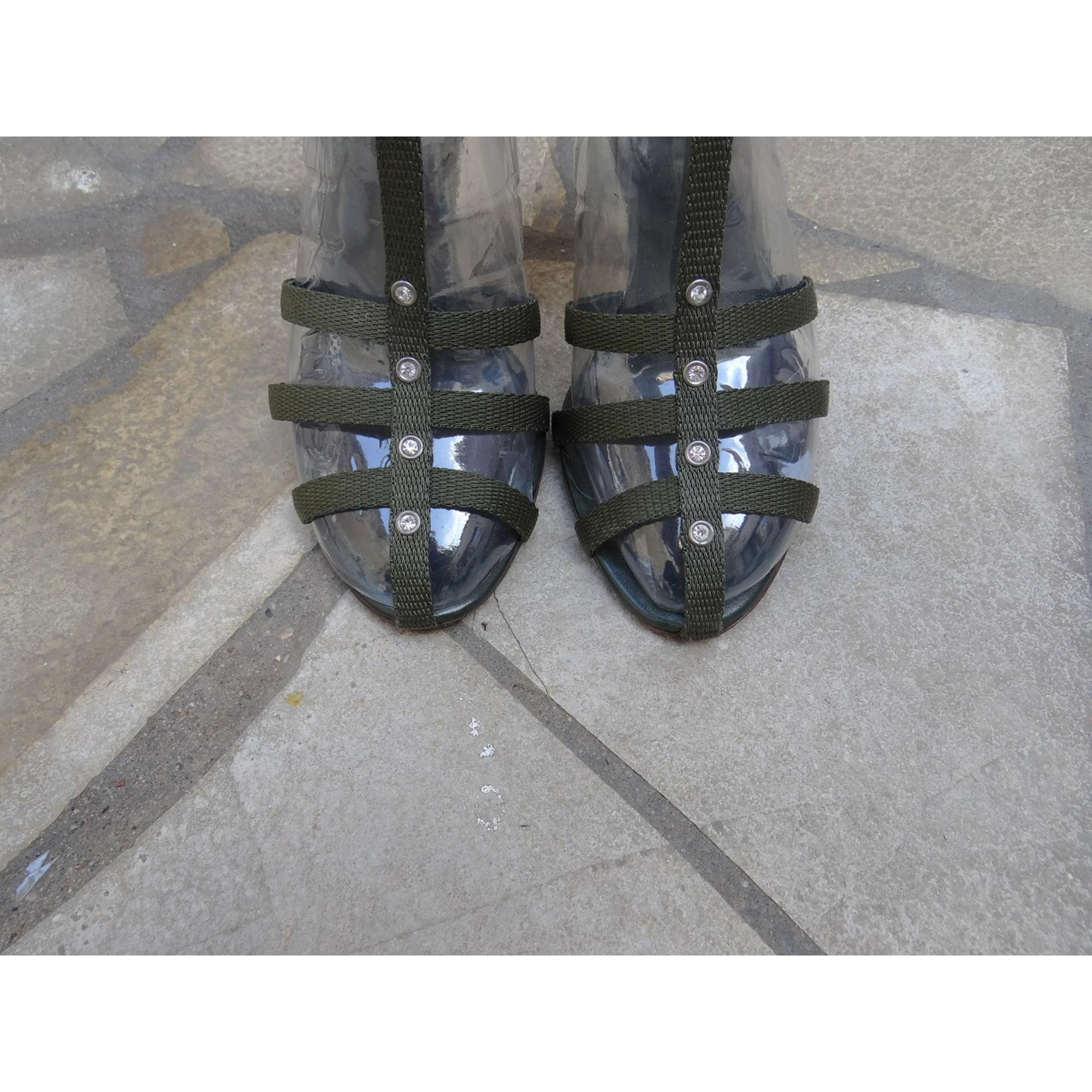 Sandales à talons cuir/tissu vert Sergio Rossi en coloris Vert