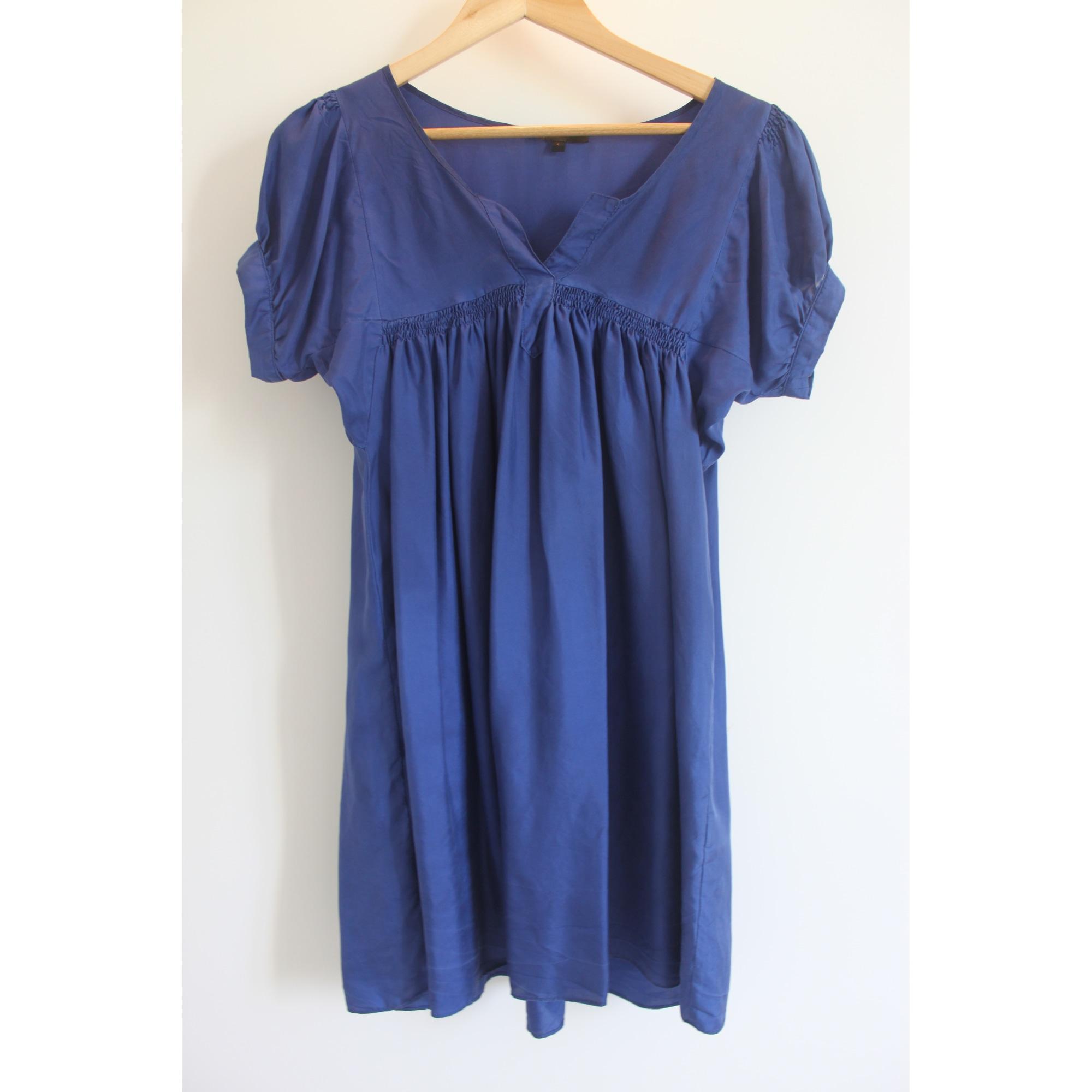 Robe courte soie bleu Maje en coloris Bleu