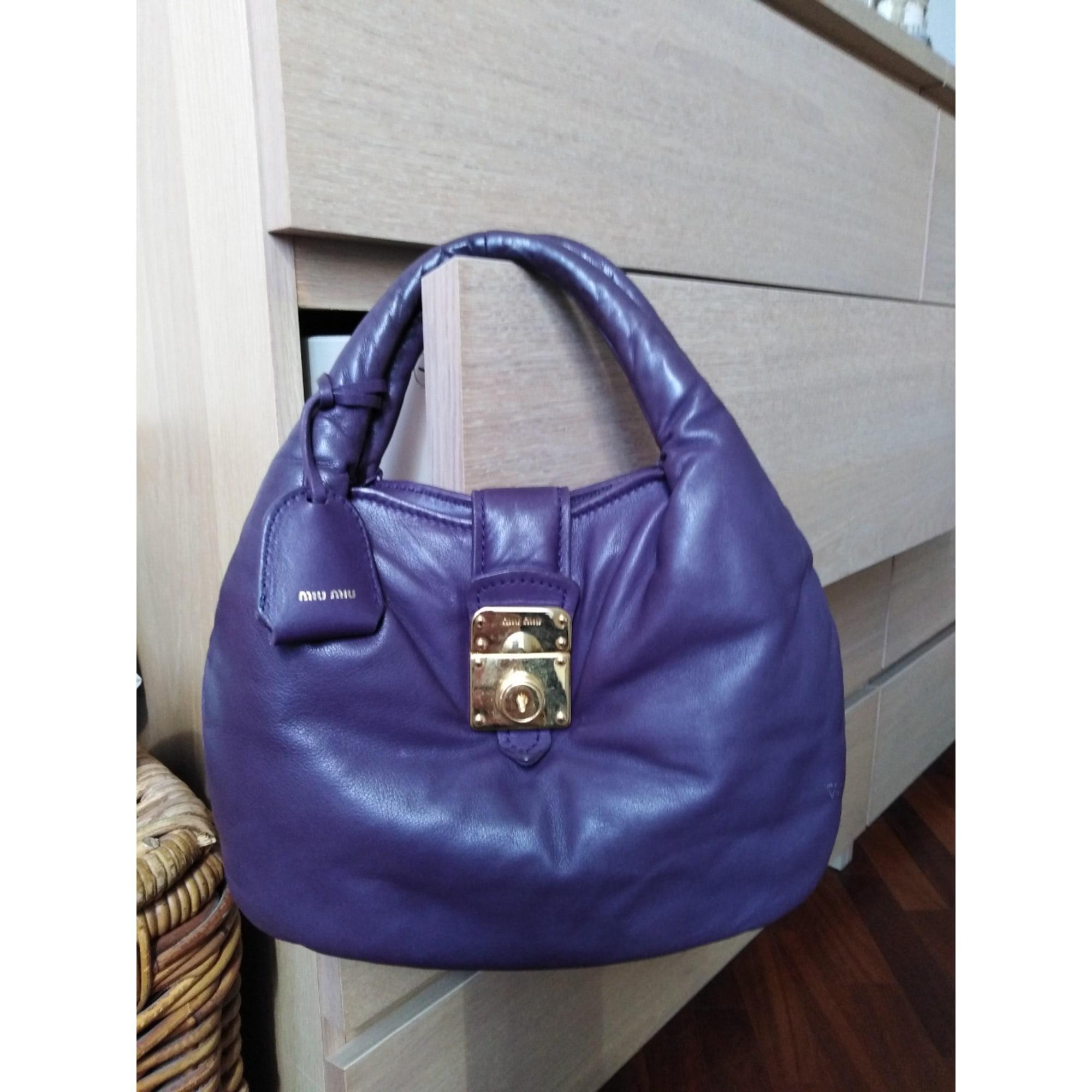 Sac à main en cuir cuir violet Miu Miu en coloris Violet vJiE