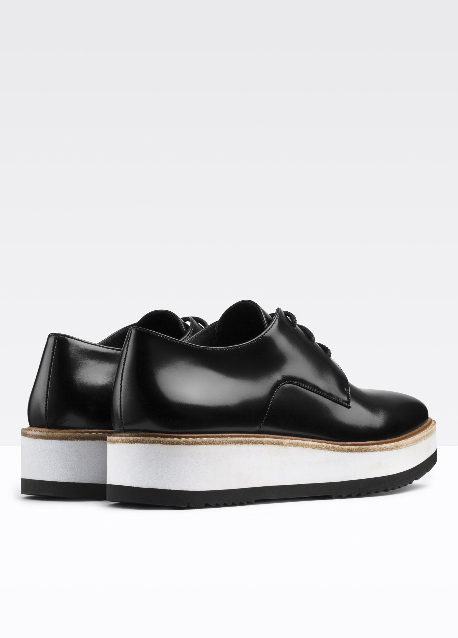 Vince Reed Platform Leather Loafer in Black