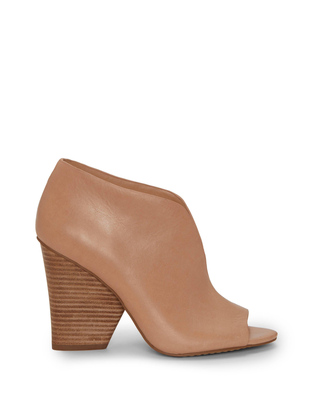Vince Camuto Andrita Leather Block Heel Booties qJnQHT