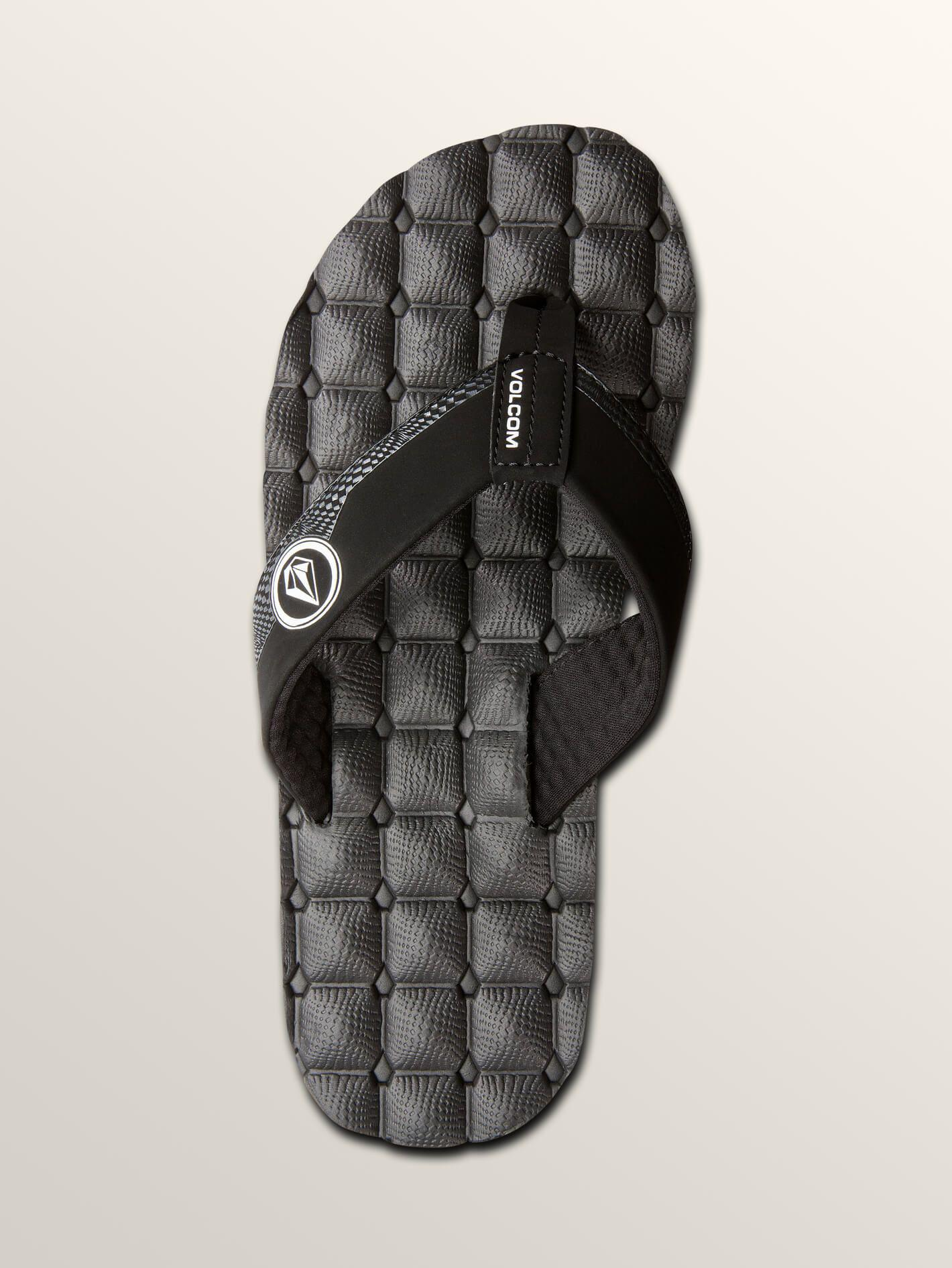 Volcom Recliner Flip Flops in Black White