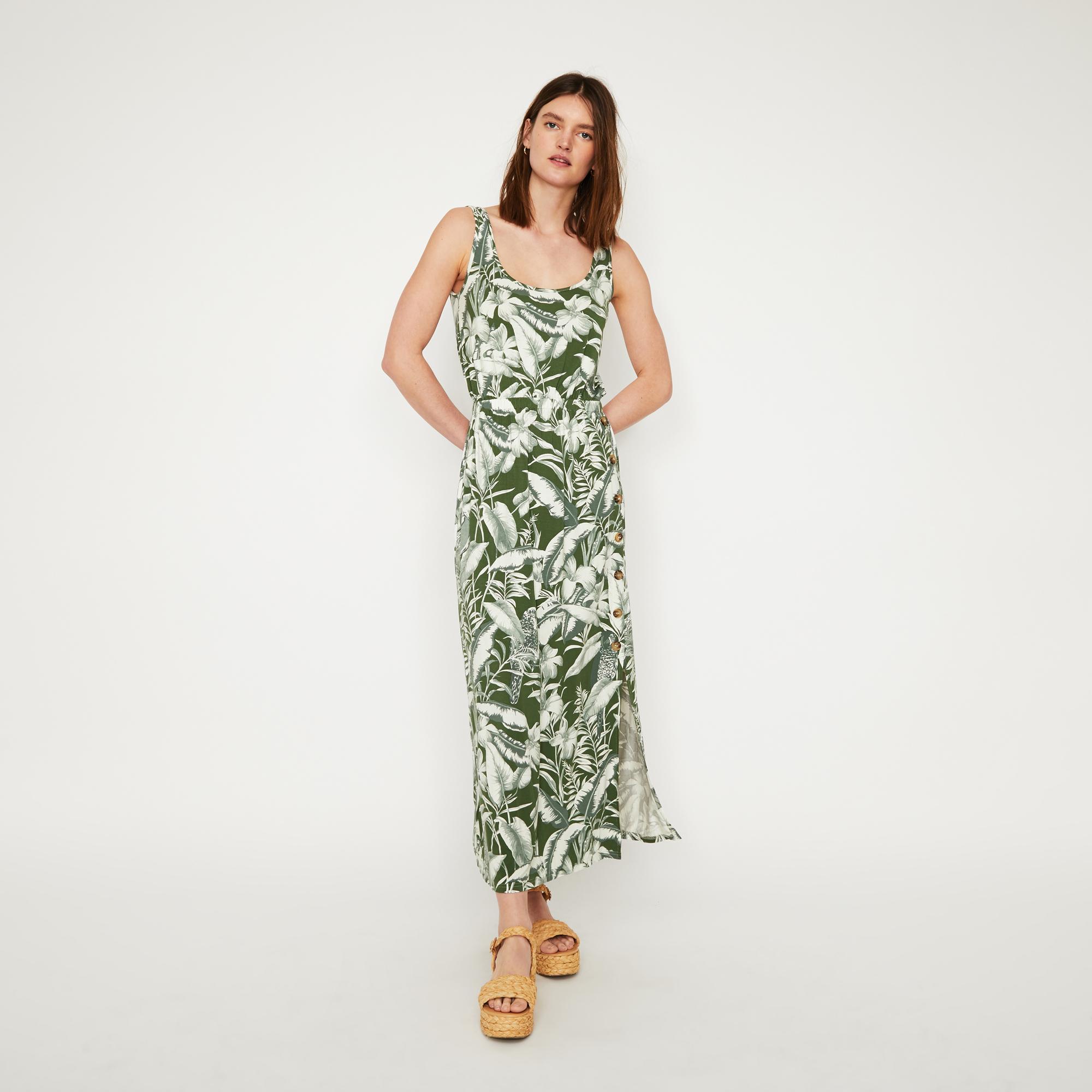 f98f5f9f55 Warehouse Tropical Parrot Maxi Dress in Green - Lyst